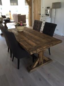 goedkope kloostertafel houten Gerlinge