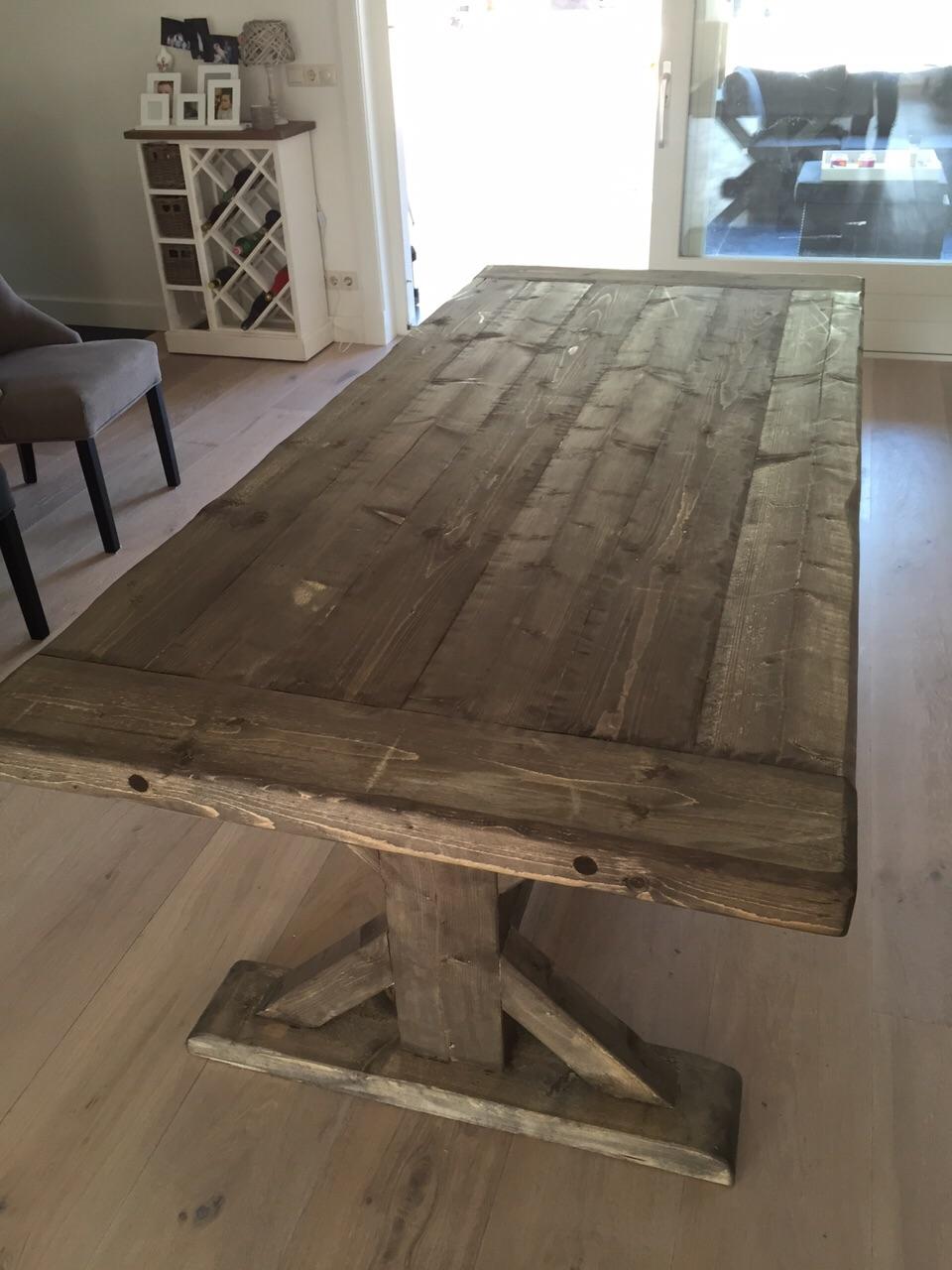 Steigerhouten tafels goedkope kloostertafel houten gerda for Goedkope houten meubels